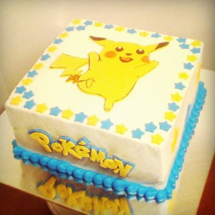 torta con pokemon blogdolci. Black Bedroom Furniture Sets. Home Design Ideas